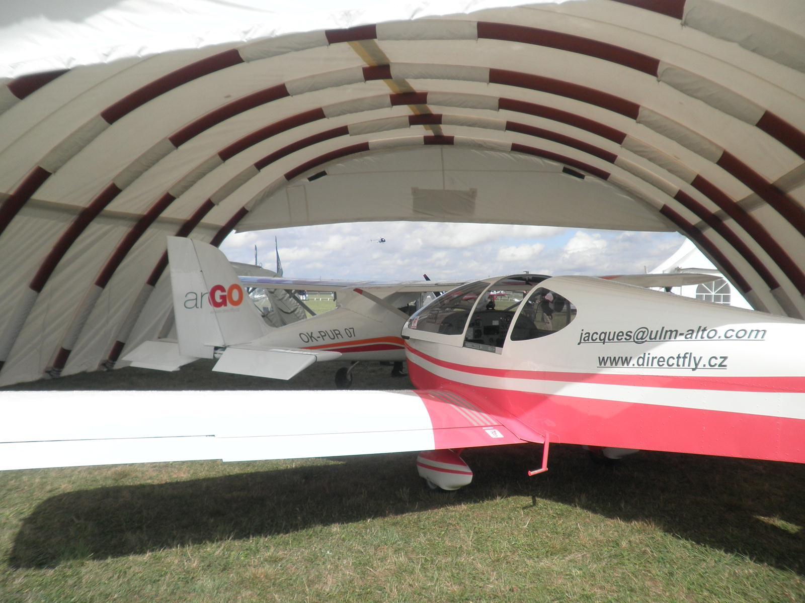hangar gonflabe industriel avion ulm h licopt re 2wt abris de chantier tentes. Black Bedroom Furniture Sets. Home Design Ideas